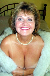 Over 40 milf natural