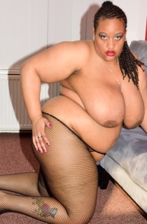 CurvyBunnyB. Exclusive to TAC. This is Curvy Bunnys first time online. She is a whole lotta sexy woman who knows how to please. A must see for all BBW fans