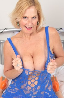 MollyMILF. Molly is a mature English MILF with perfect pert tits and a naughty streak. Everything a MILF should be